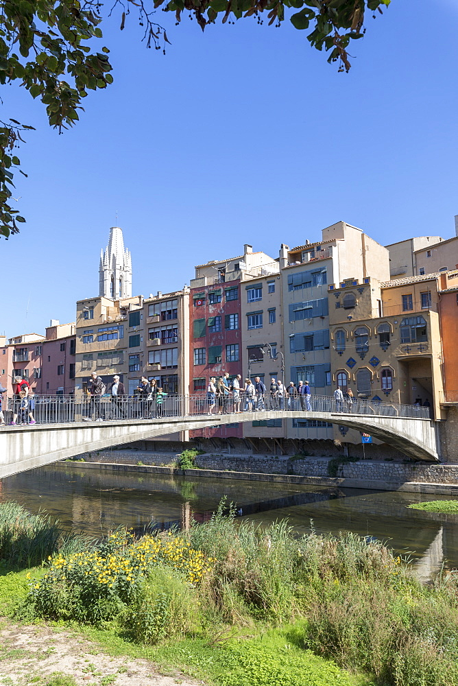 Princess Bridge on River Onyar, Girona, Catalonia, Spain, Europe