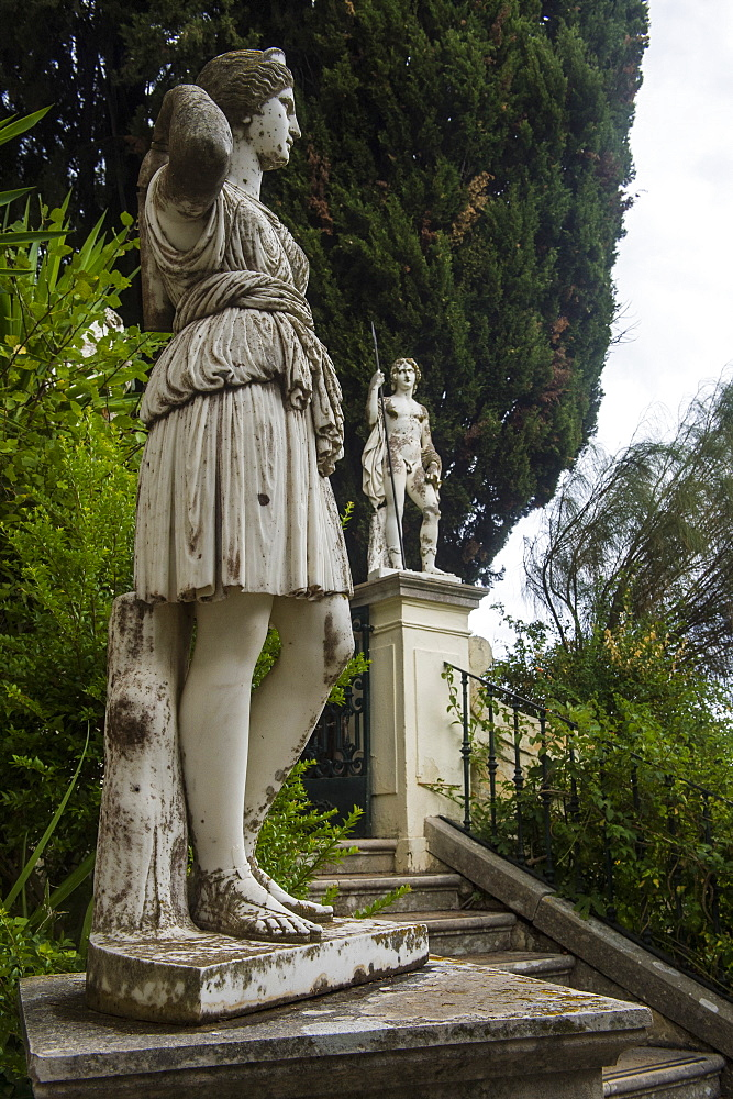Classical statue in the Achilleion Palace, old town of Corfu, Ionian Islands, Greek Islands, Greece, Europe