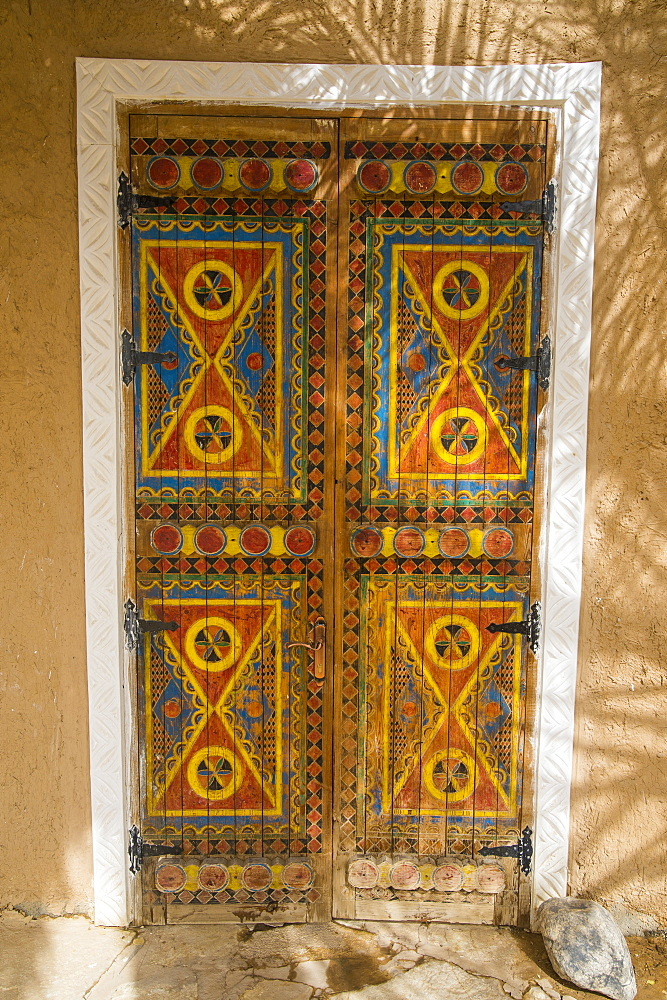 Beautiful coloured door, Diriyah, UNESCO World Heritage Site, Riyadh, Saudi Arabia, Middle East