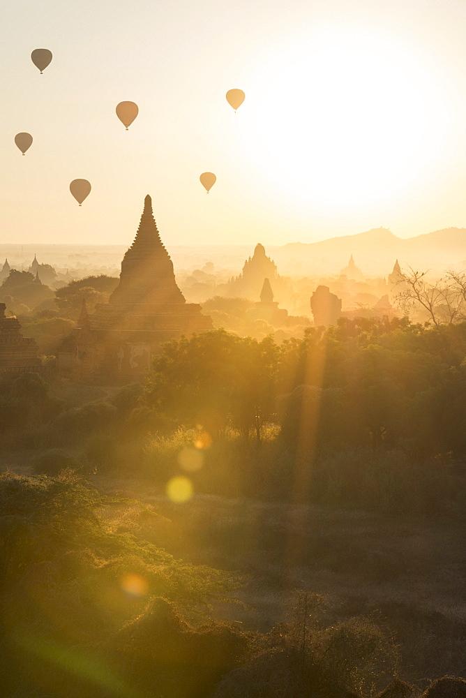 Temples of Bagan (Pagan), Myanmar (Burma), Asia - 1185-300