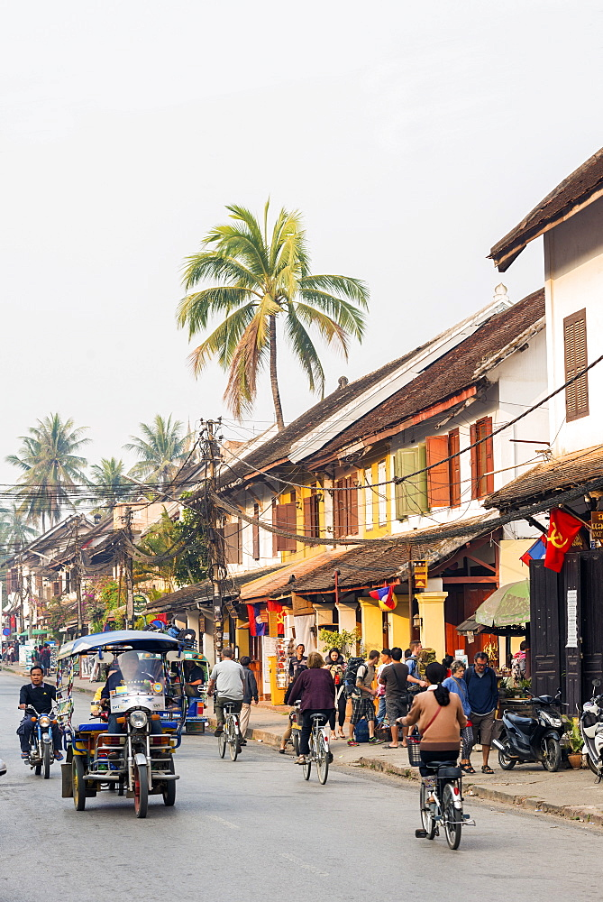Late afternoon street scene, Luang Prabang, Laos, Indochina, Southeast Asia, Asia