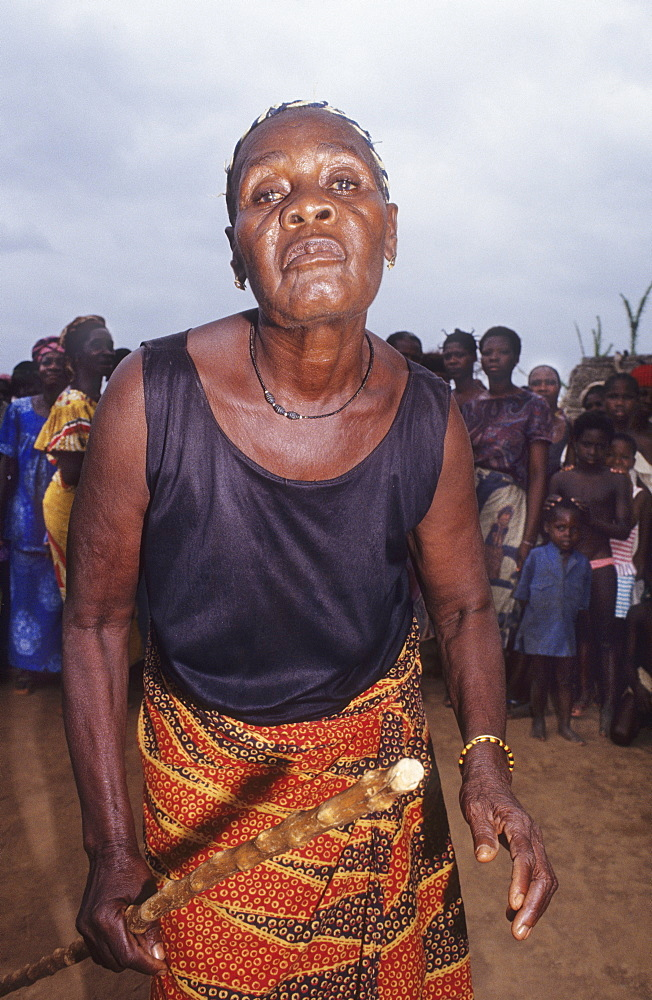Aids, ivory coast. Gbetitapea village, daloa town. Funeral procession for a woman who died of aids