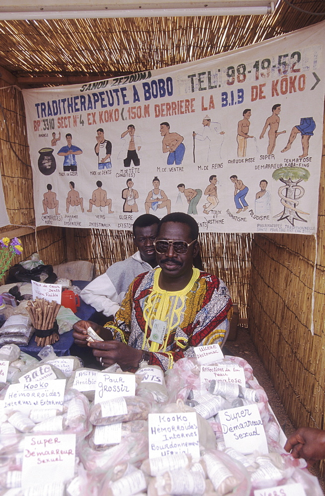 Health, burkina faso. Ouagadougou. Traditional healer