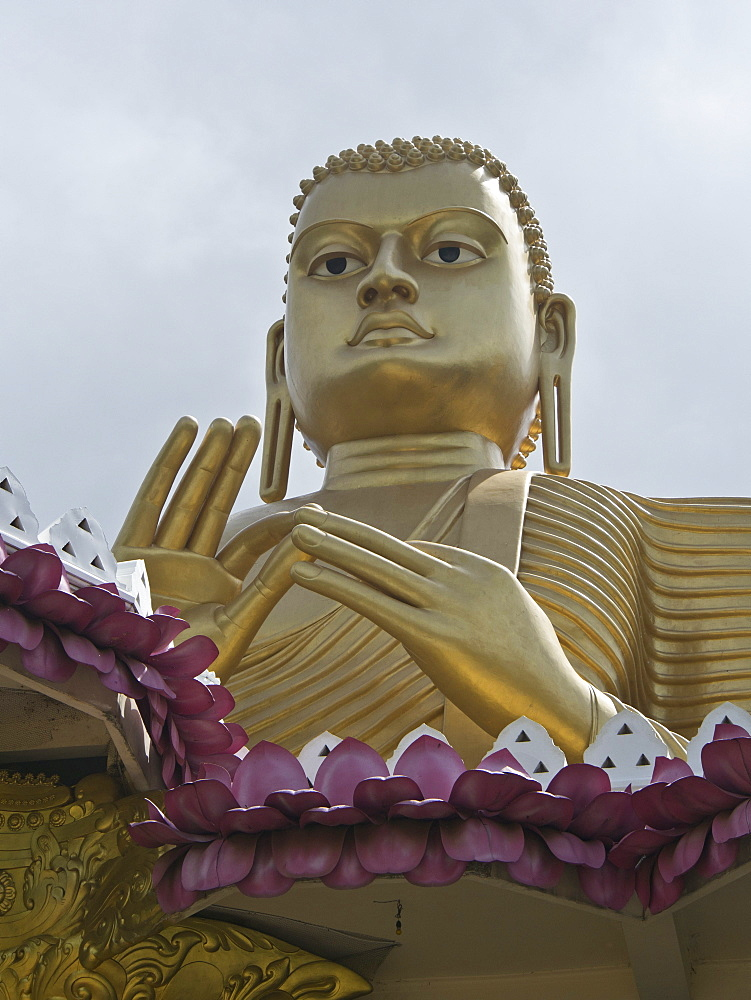Buddha statue, the ancient city of Dambulla, Sri Lanka, Asia