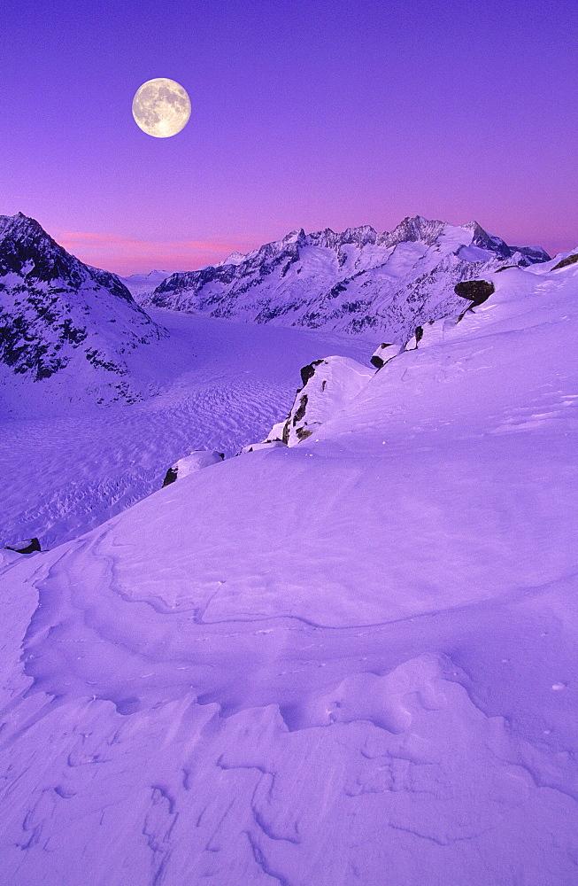 Swiss alps, mountains, wannenhorn, wannenhoerner, aletsch glacier, switzerland, wallis, full moon, view from the bettmerhorn, full moon, dusk, digital composition