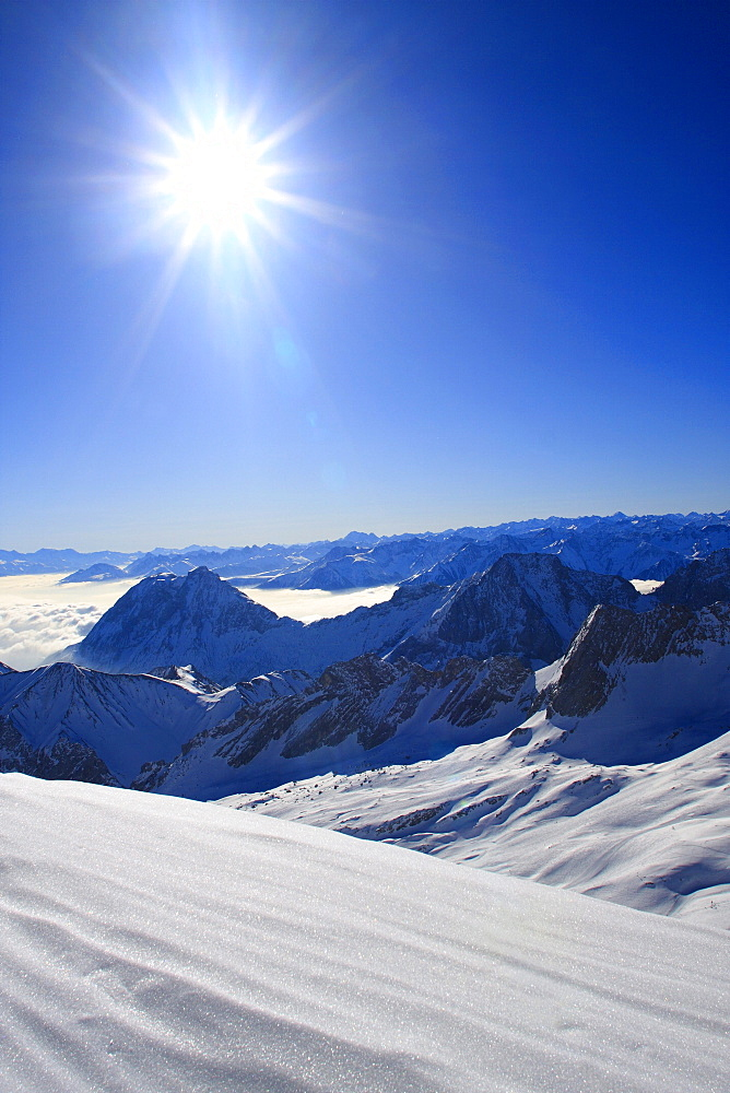 German alps, hohe munde, 2661 meter, ue. meer, view from the top of zugspitze in winter, bayern, germany
