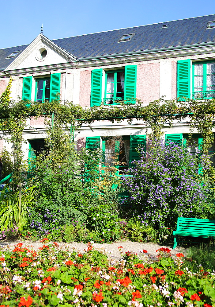 Part of Monet's house showing the green shutters and pink walls, Giverny, Normandy, France, Europe - 1191-46