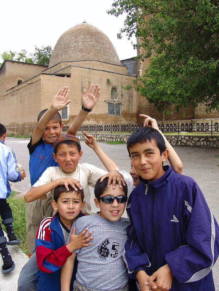Uzbekistan boys of shakhrisabz