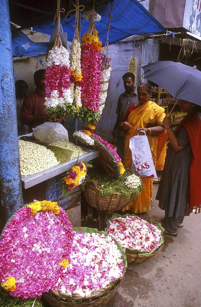 India - markets / flower stall, trivandrum, kerala