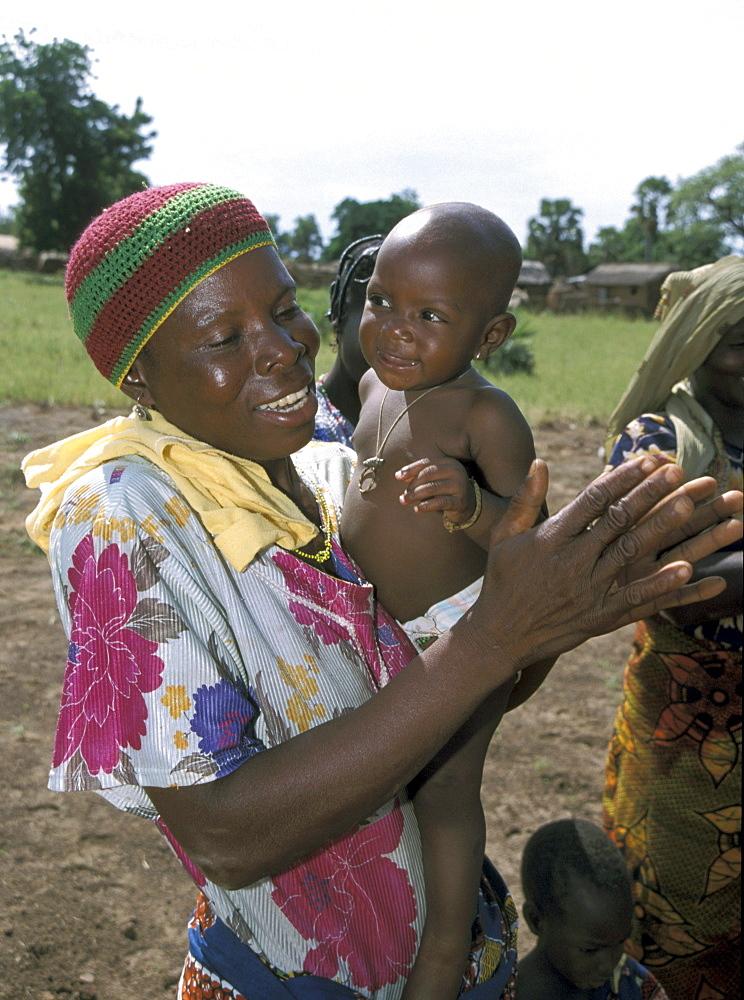 Benin mother & child of dassari n materi (north- benin)