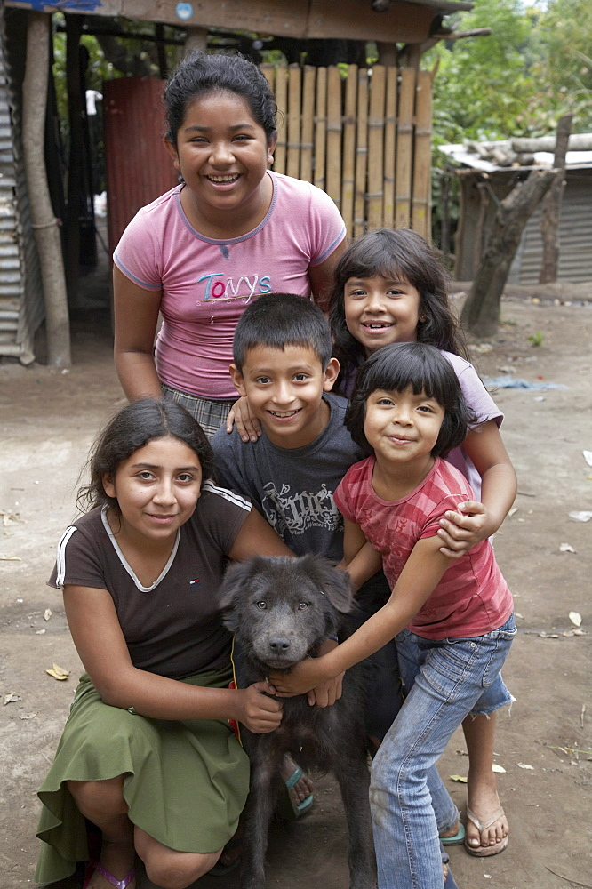 El salvador children of las delciias