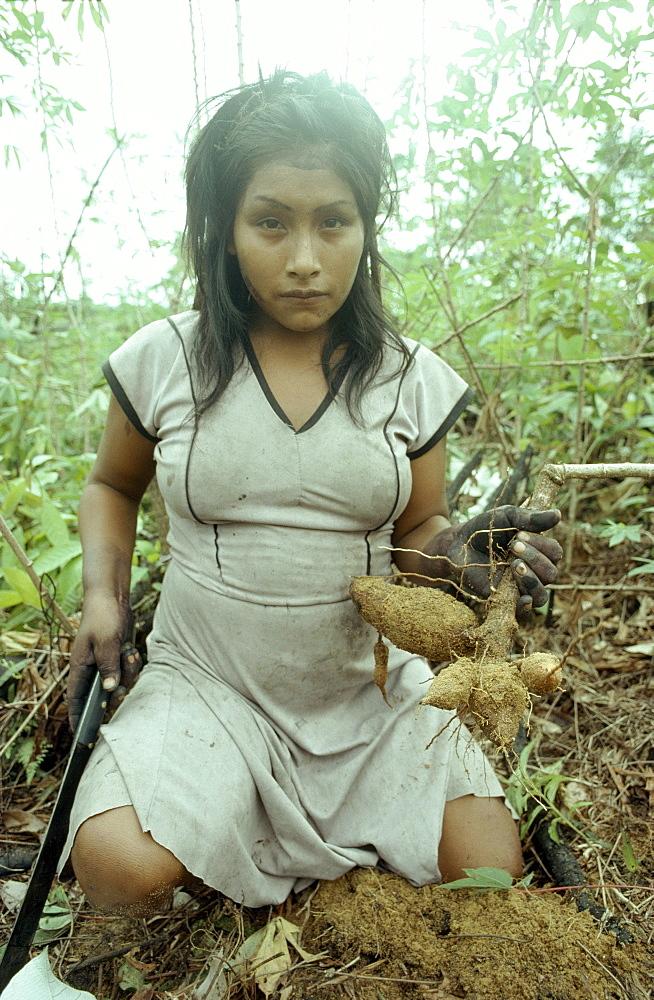 Colombian shaman, , amazon, makuna indians, makuna woma