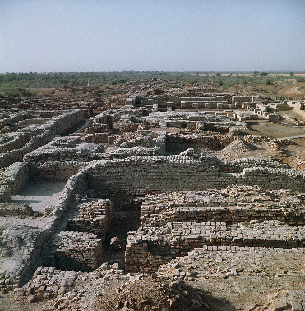 The ruins at the archaeological site of Mohenjodaro, Indus Valley civilisation, UNESCO World Heritage site, Pakistan, Asia