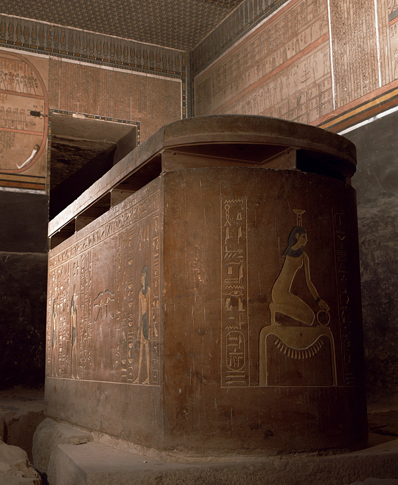 Interior of the tomb of the pharaoh Amenophis II, Valley of the Kings, Thebes, UNESCO World Heritage Site, Egypt, North Africa, Africa