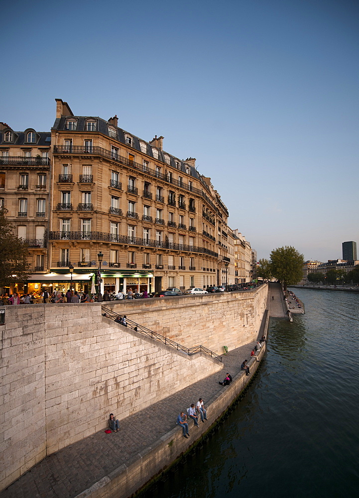 On the banks of the River Seine, Paris, France, Europe