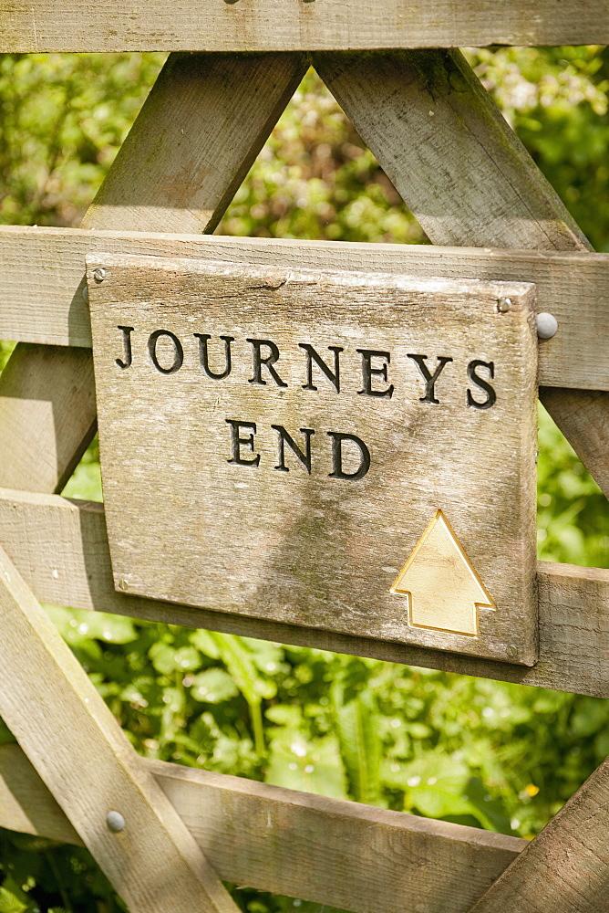 Journey's End pub sign, where it is said R. C. Sherriff wrote his famous WW1 play, Devon, England, United Kingdom, Europe