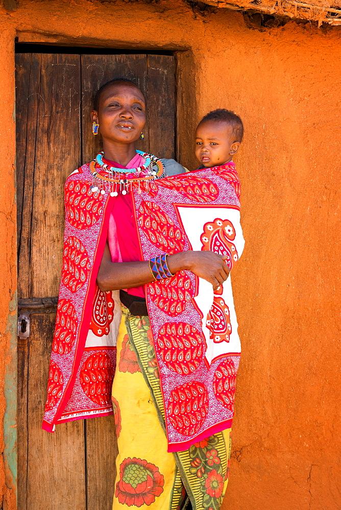 African Masai woman and baby, Masai Mara, Kenya, East Africa, Africa - 1216-192