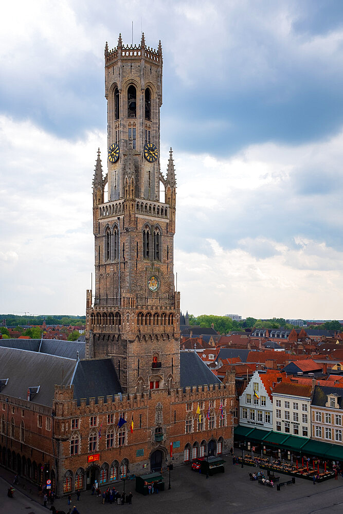 13th century belfry tower on Market (Markt) square, UNESCO World Heritage Site, Bruges, West Flanders, Belgium, Europe