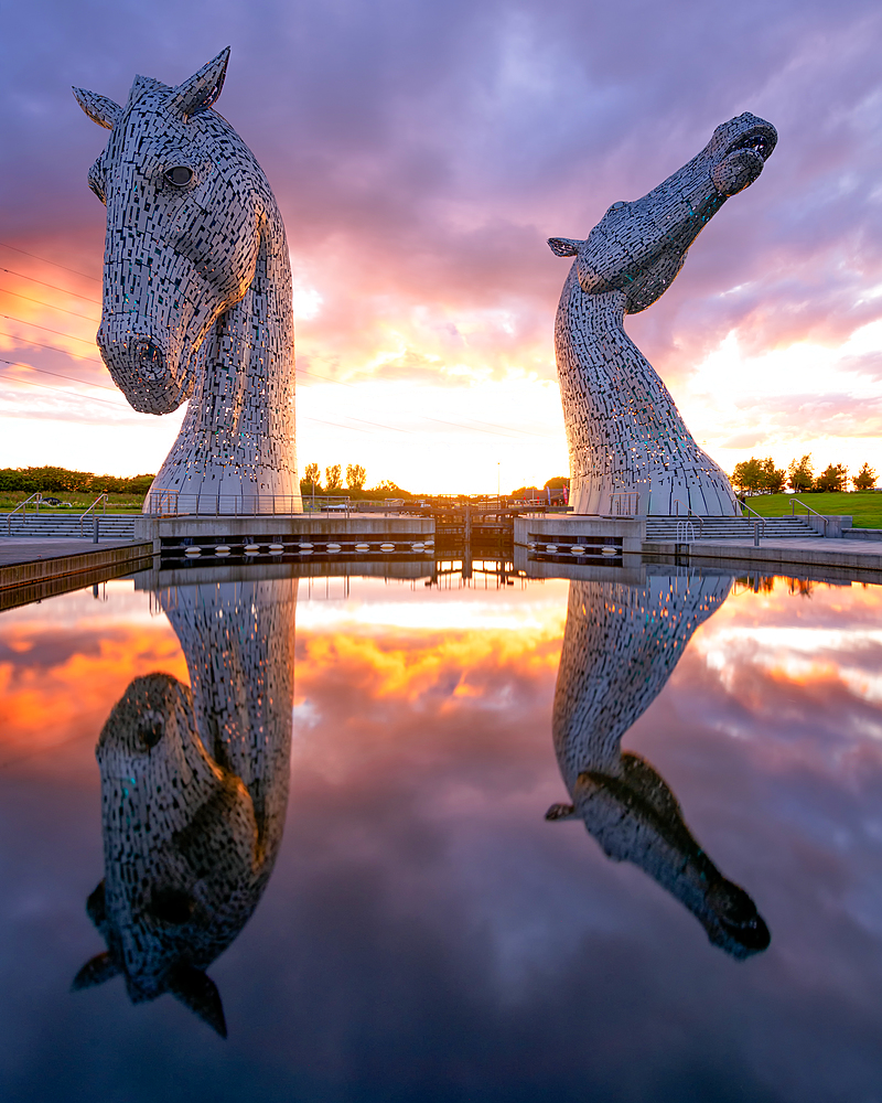 The Kelpies at sunset, Forth and Clyde Canal at Helix Park, Falkirk, Stirlingshire, Scotland, United Kingdom, Europe - 1216-512