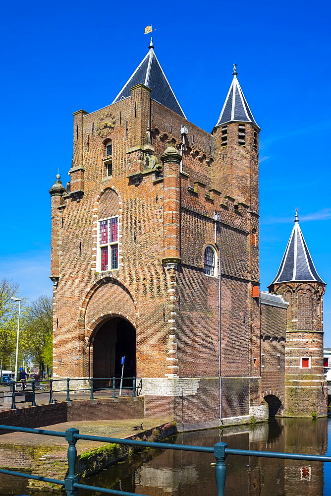 The Amsterdamse Poort, former 14th century city gate, last remaining of original twelve city gates, Haarlem, North Holland, Netherlands, Europe - 1217-315