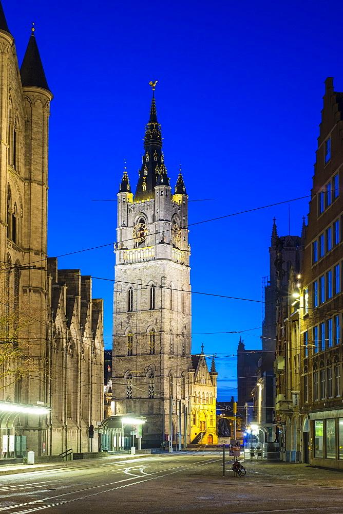 Sint-Niklaaskerk (Saint Nicholas' Church) and Het Belfort van Gent, a 14th century belfry, Ghent, Flanders, Belgium, Europe