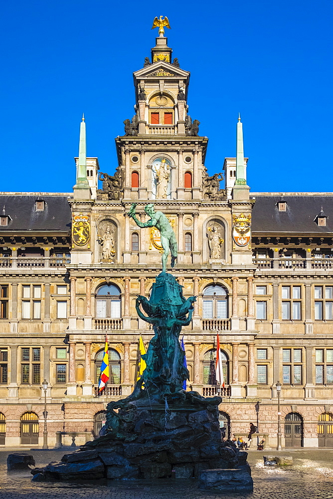 Stadhuis city hall and statue of Silvius Brabo on Grote Markt square, Antwerp (Antwerpen), Flanders, Belgium, Europe