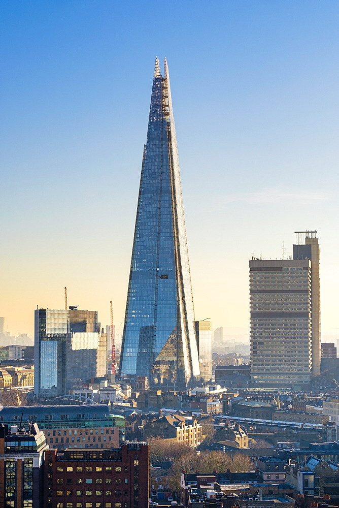 United Kingdom, England, London. The Shard skyscaper in the London Borough of Southwark, designed by architecht Renzo Piano.