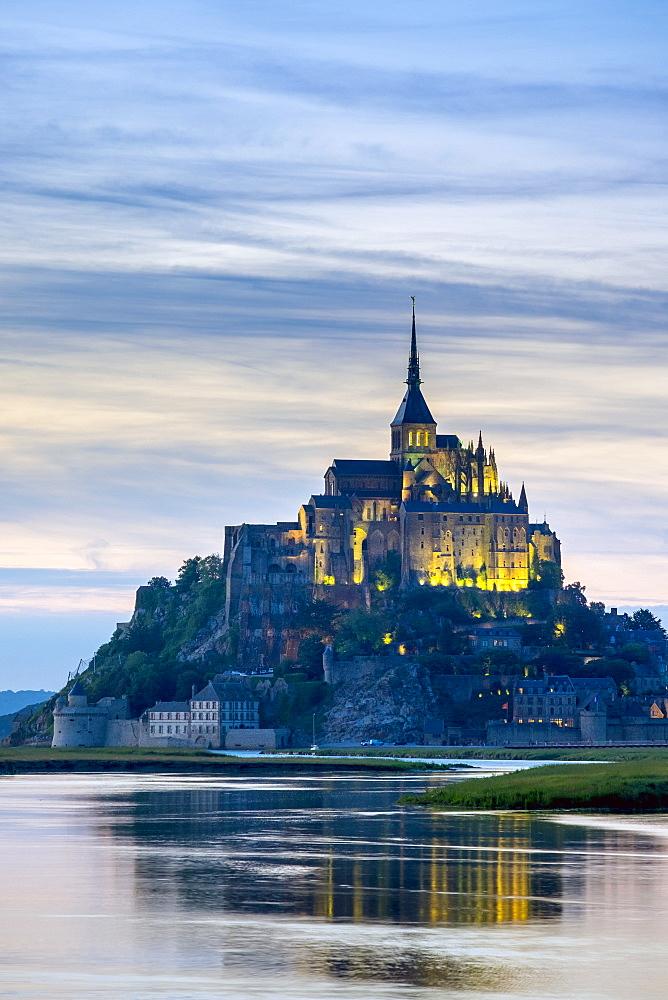 Le Mont-Saint-Miichel at sunset, Mont-Saint-Michel, UNESCO World Heritage Site, Manche, Normandy, France, Europe - 1217-385