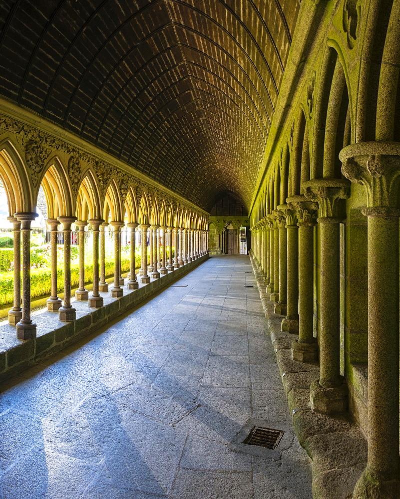 Abbaye du Mont-Saint-Michel, Mont-Saint-Michel, UNESCO World Heritage Site, Manche, Normandy, France, Europe - 1217-390
