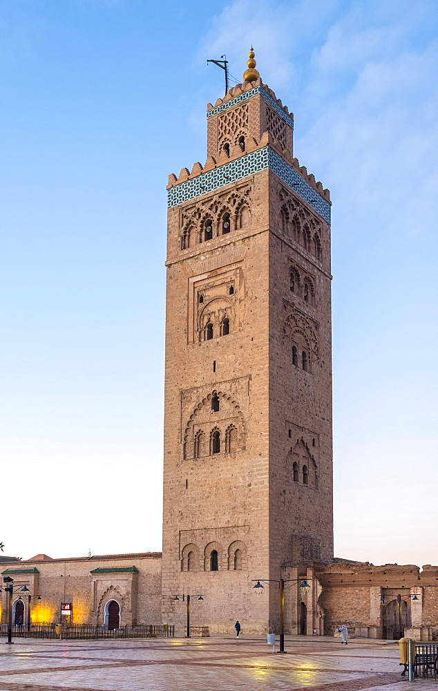 Minaret of the 12th century Koutoubia Mosque at dawn, UNESCO World Heritage Site, Marrakesh, Morocco, North Africa, Africa