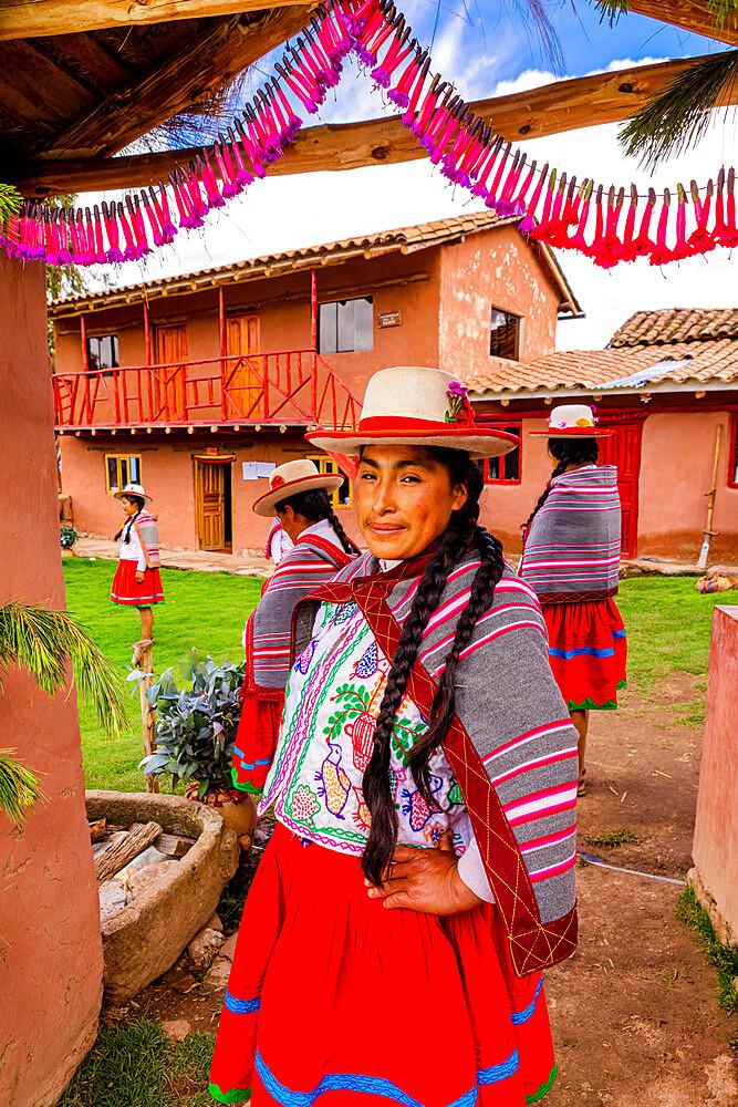 Quechua Women of the Misminay Community