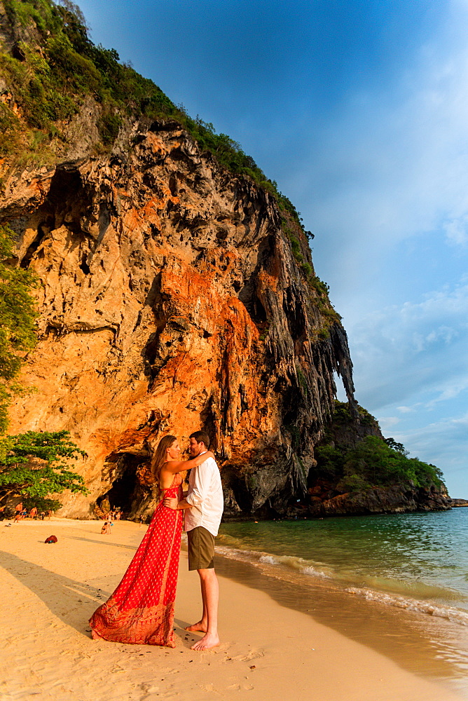 Sunset on Railay Beach in Krabi, Thailand, Southeast Asia, Asia - 1218-516