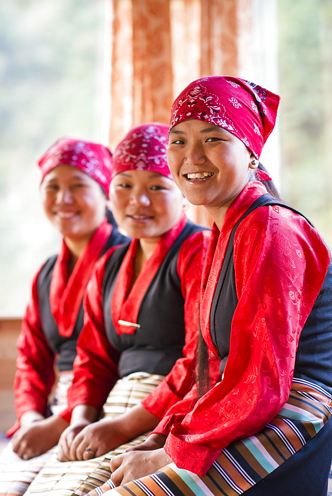 Nepali women working in tea houses in the Everest region, Nepal, Asia