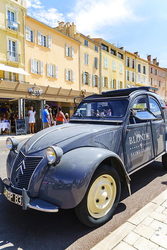 Old Citroen 2CV car, Quai Jean Jaures, Saint-Tropez, Cote d'Azur, France