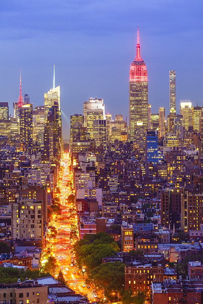 Manhattan skyline at dusk with the Empire State Building, New York City, USA