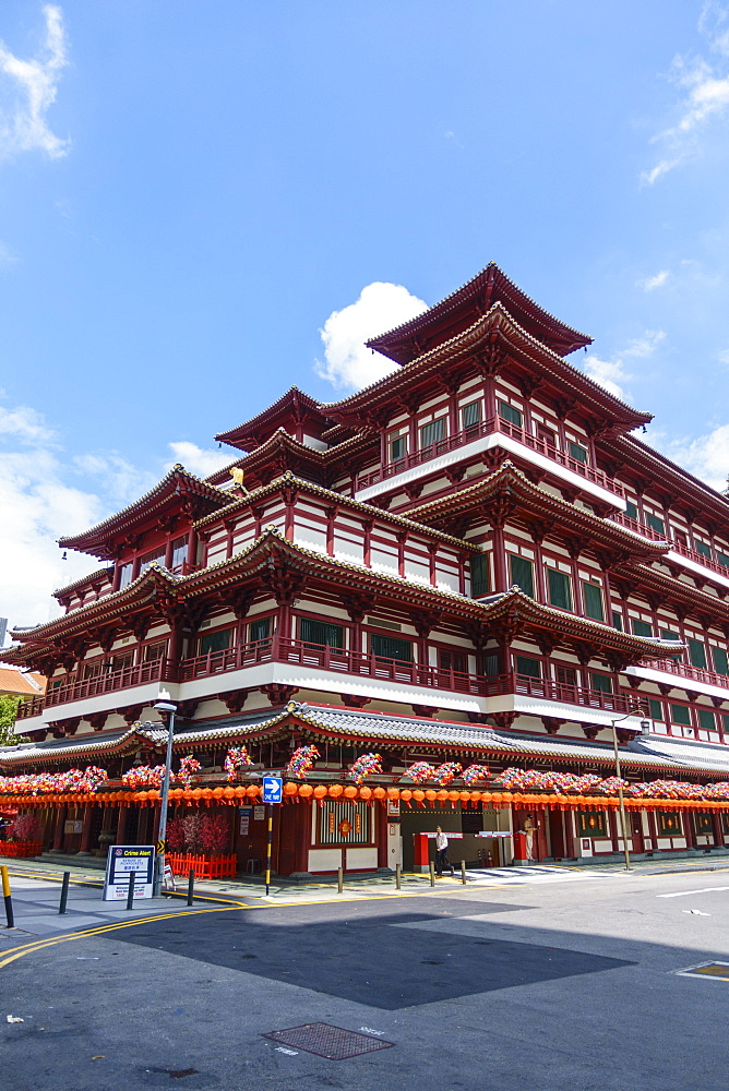 Buddha Tooth Relic Temple, Chinatown, Singapore, Southeast Asia, Asia