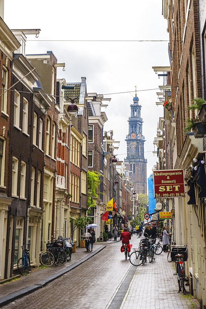Jordaan district with the spire of Westerkerk beyond, Amsterdam, Netherlands, Europe