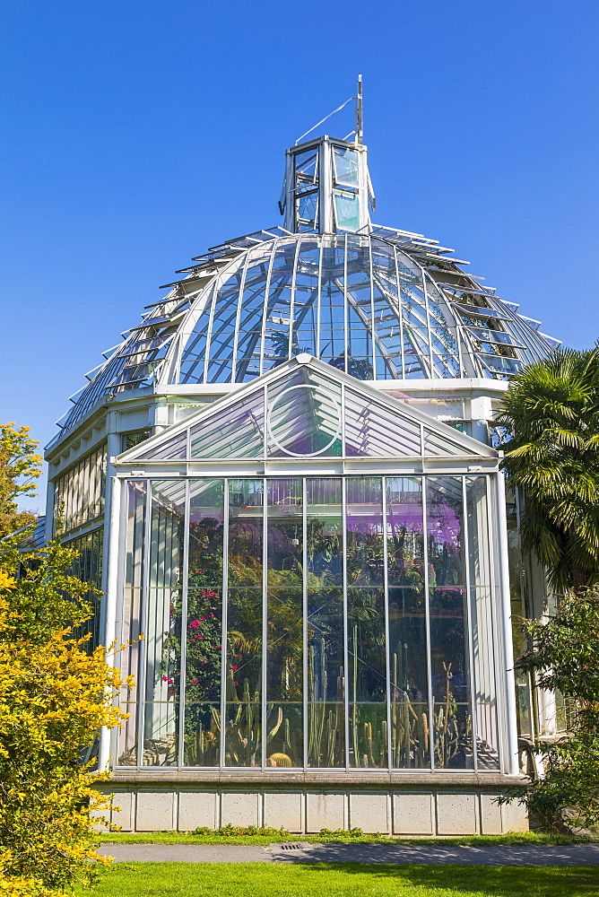 The Conservatory and Botanical Gardens, Geneva, Switzerland, Europe. - 1237-150