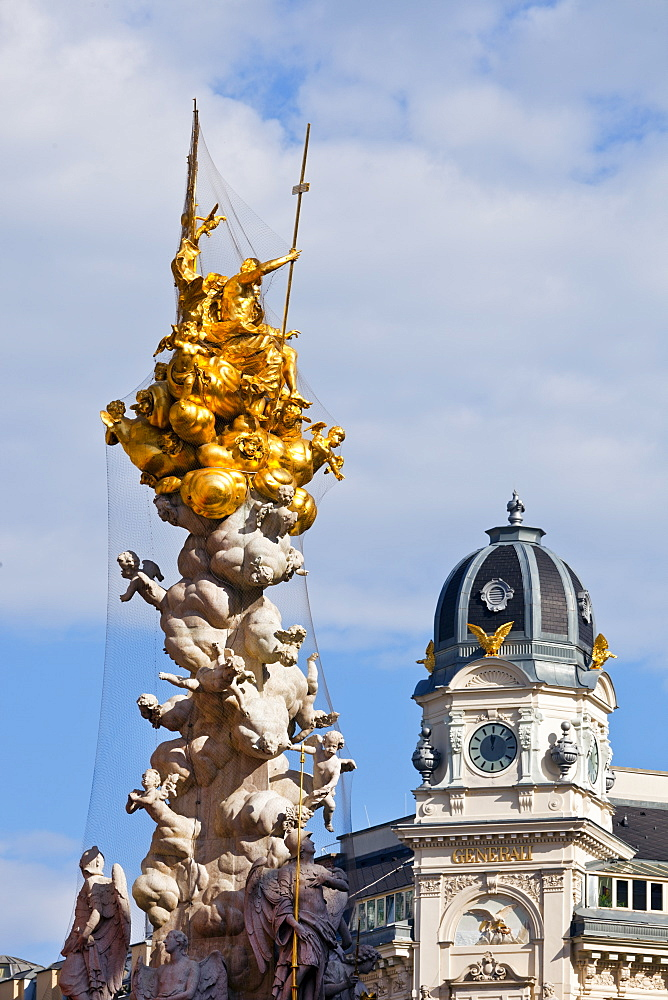 Pestsaule, (Plague Column) and Generali Building, Graben Street,, Vienna, Austria, Europe.
