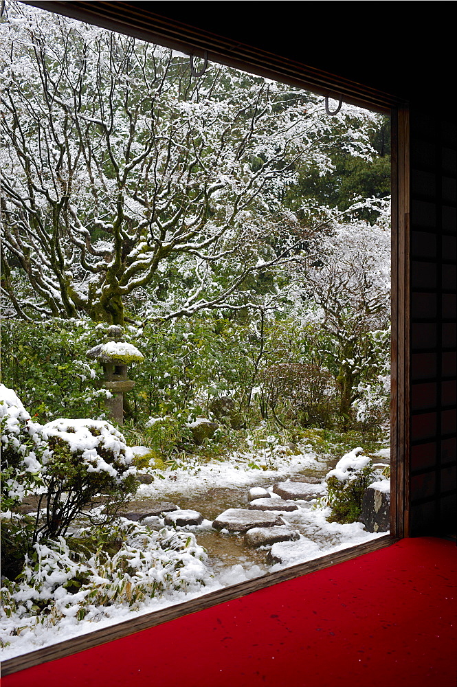 Koto-in Temple garden in snow, Kyoto, Japan, Asia - 1238-17