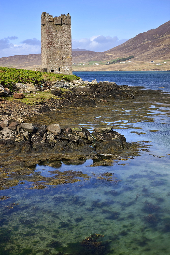 Kildavnet Castle, Achill Island, County Mayo, Connacht, Republic of Ireland, Europe