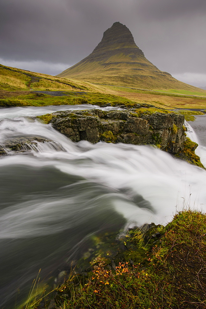 Kirkjufellsfoss in autumn on the Snaefellsness Peninsula, Iceland, Polar Regions
