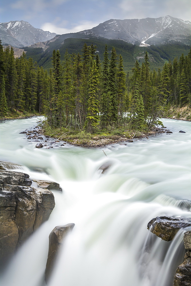Sunwapta Falls in Jasper National Park, UNESCO World Heritage Site, Alberta, Canada, North America - 1241-68