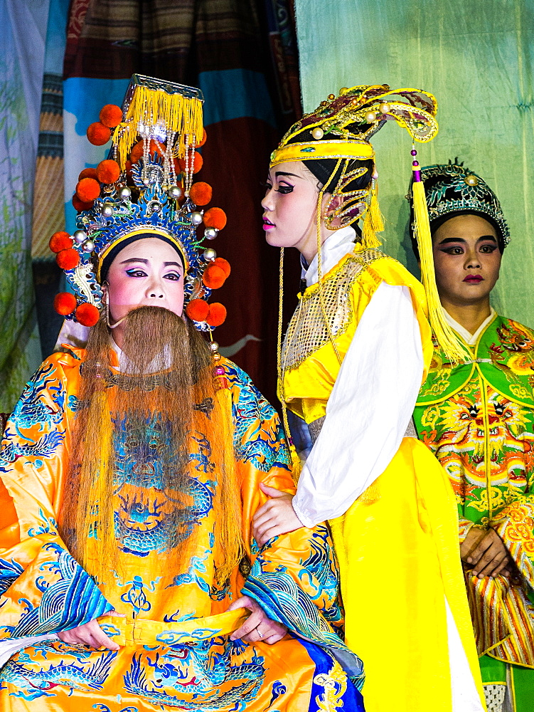 Chinese opera performers. Hungry Ghost Festival. Georgetown, Penang, Malaysia, Asia