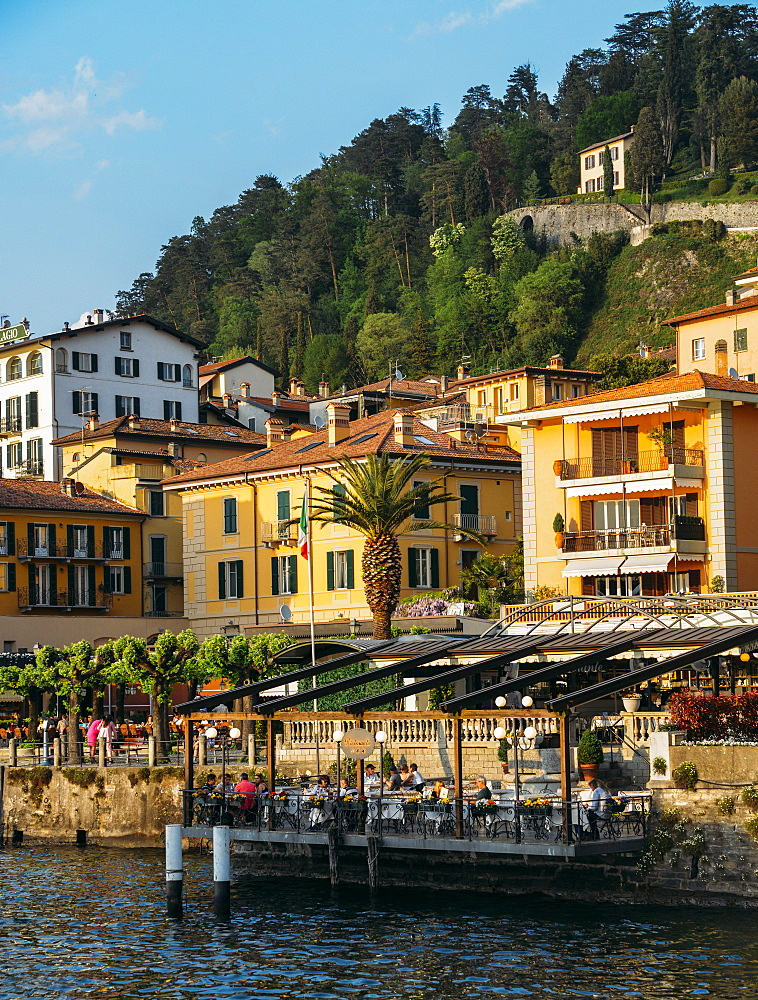 Traditional buildings and restaurant terraces in Bellagio, Lake Como, Lombardy, Italian Lakes, Italy, Europe - 1243-260