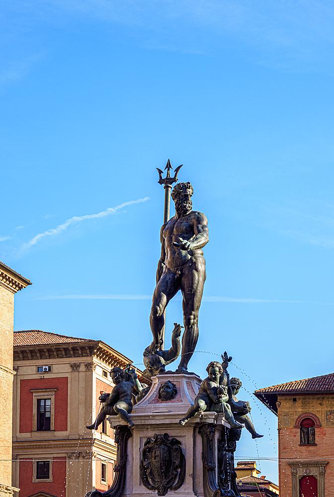 Fountain of Neptune, Piazza del Nettuno, Bologna, Emilia-Romagna, Italy, Europe