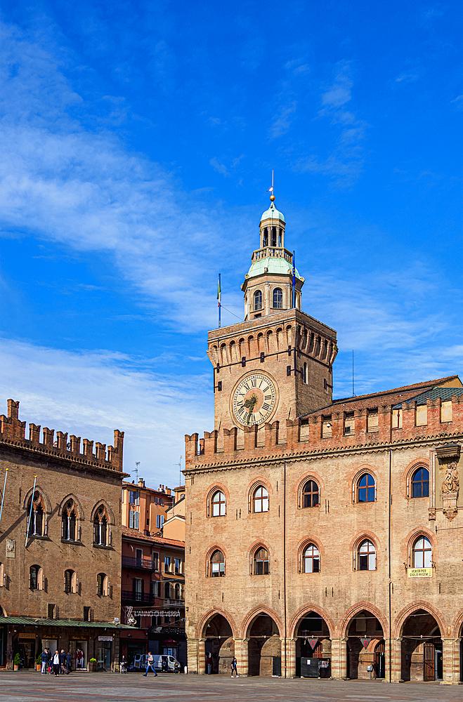 Palazzo d'Accursio, Piazza Maggiore, Bologna, Emilia-Romagna, Italy, Europe