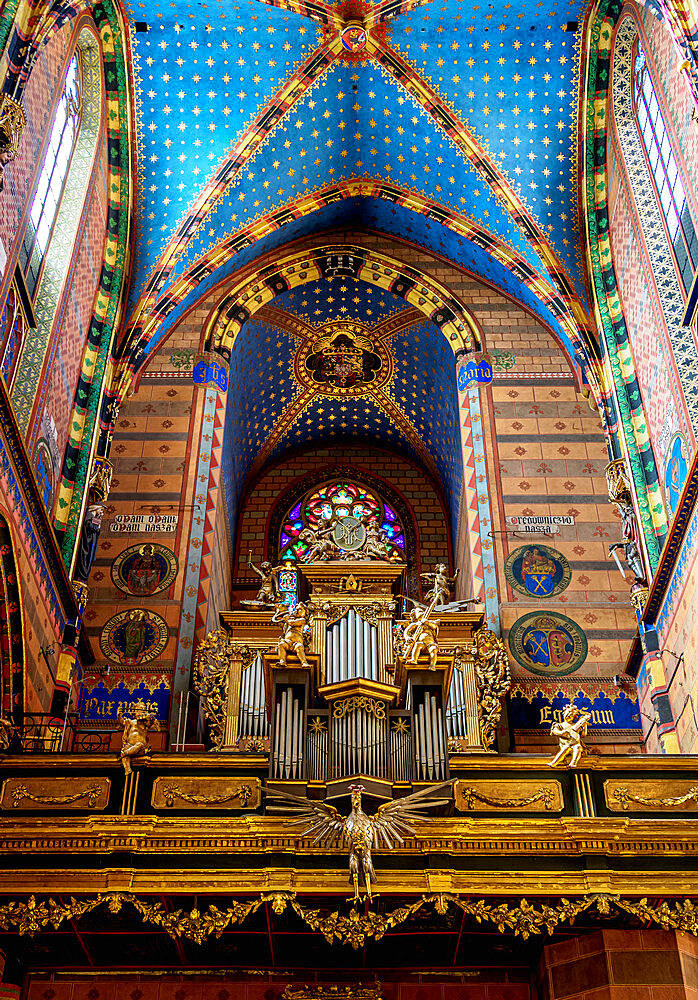 Basilica of Saint Mary, interior, Cracow, Lesser Poland Voivodeship, Poland