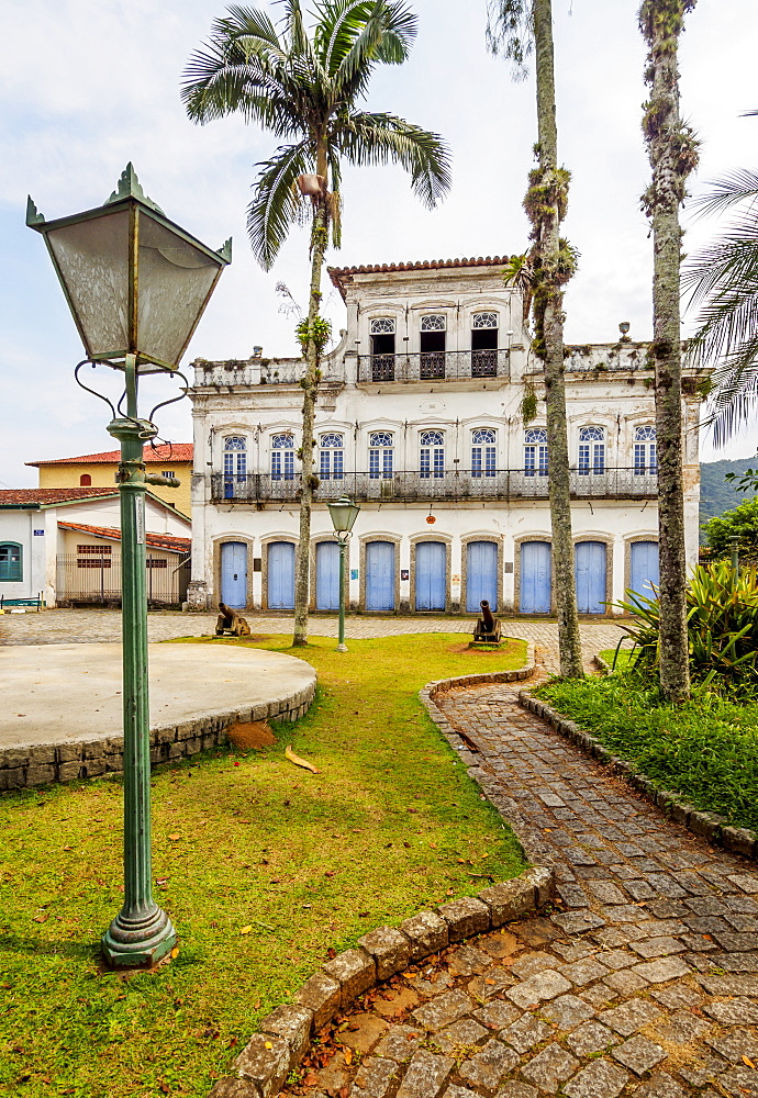 Colonial architecture, Ubatuba, State of Sao Paulo, Brazil, South America