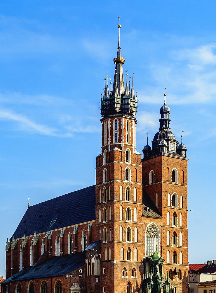 Poland, Lesser Poland Voivodeship, Cracow, Main Market Square, St. Mary Basilica